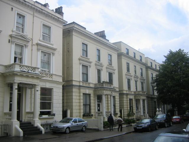 Habiter notting hill un quartier chic et branch gaam international - Acheter une maison louee pour y habiter ...